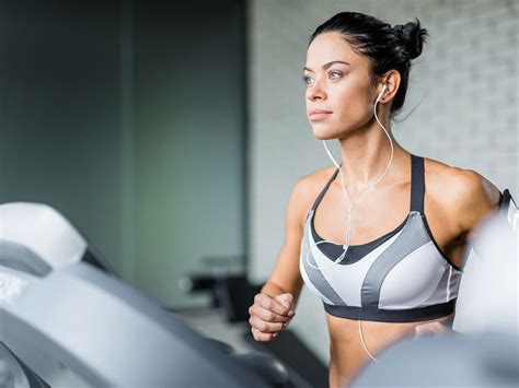 how to your to use a treadmill how to use a treadmill to get fit faster macrae rentals