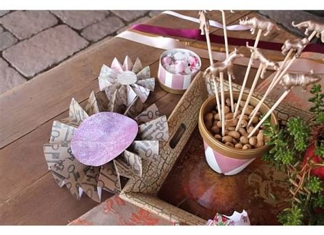 Pinterest Discover And Save Creative Ideas Vintage Circus Centerpieces