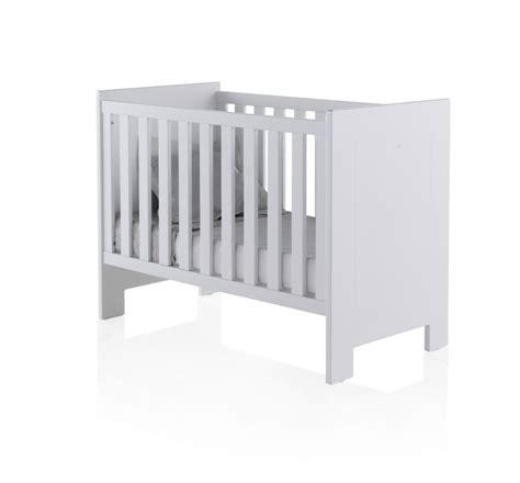 catalogo de cunas mobiliario infantil y juvenil cunas y minicunas cat 225 logo