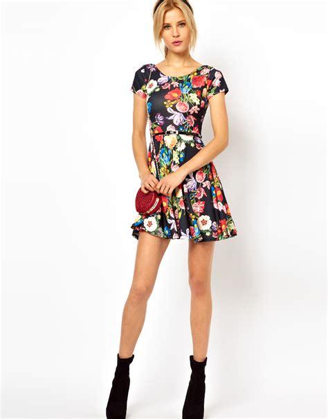 asos floral print skater dress with belt lyst