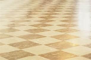 vinyl flooring versus linoleum floors