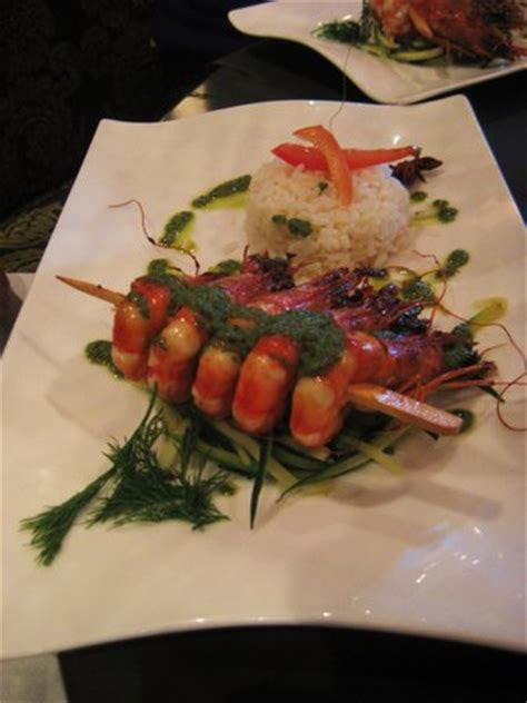 restaurants near creperie la bonne humeur in maisons