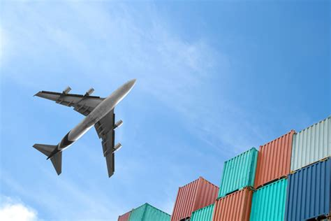 iata highlights importance of transformation in air cargo industry