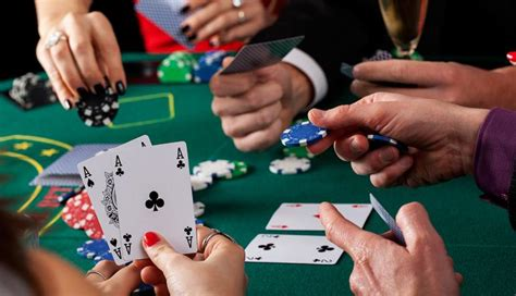 max poker introduction   max poker strategy