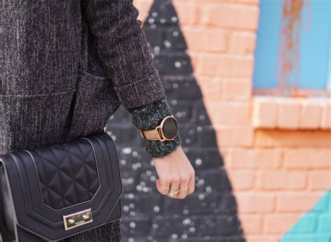 The View Holiday Sweepstakes - holiday giveaway series with fossil the dandy liar fashion style blog