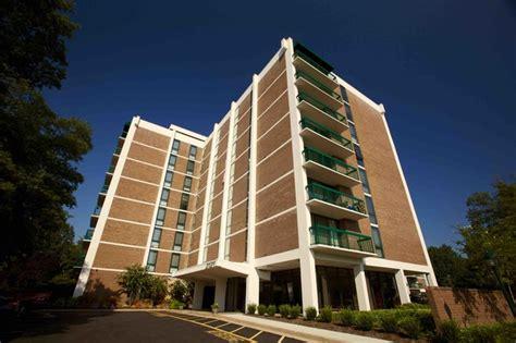 Apartment Rentals Arlington Va 2121 Columbia Pike Apartments Rentals Arlington Va