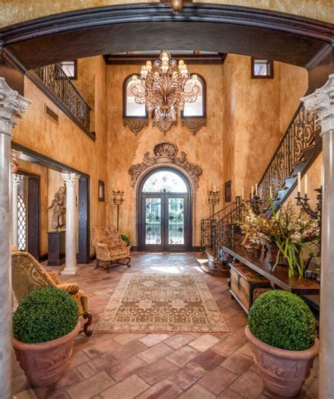 Tuscan Home Interiors by Best 25 Tuscan Decor Ideas On Tuscany Decor