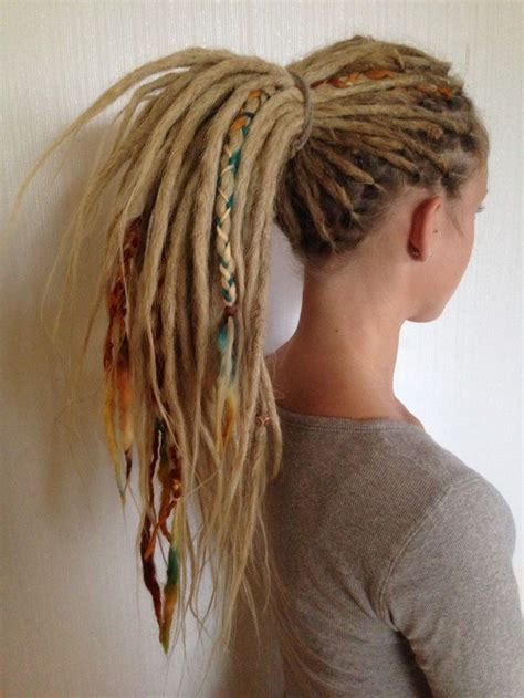 dreadlock sectioning 25 best ideas about dreadlocks on pinterest blonde