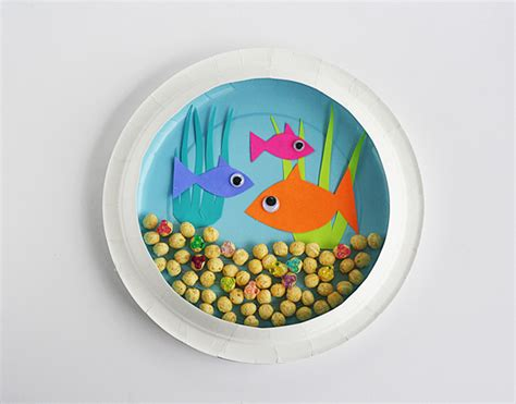 Paper Plate Craft - paper plate aquarium crafts by amanda