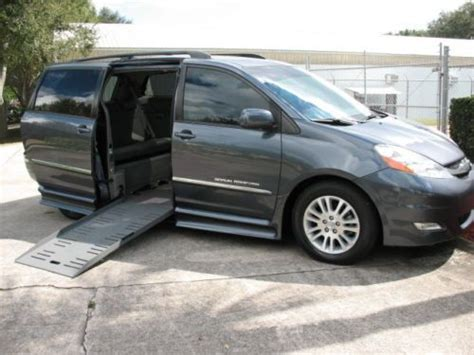 toyota wheelchair accessible find used 2009 toyota limited wheelchair accessible