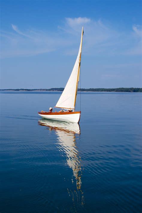 coquina boat n g herreshoff coquina wooden sail dinghy in 2018