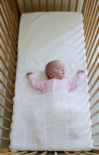 ways to help baby sleep in crib ways to help baby sleep in crib 28 images are crib