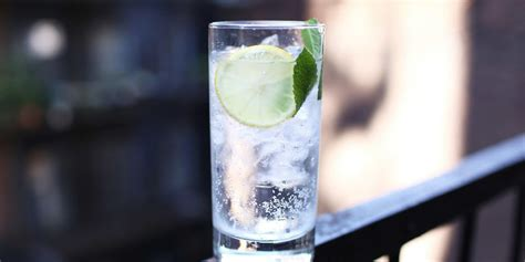 tom collins guy bespoke post how to make a mint tom collins askmen