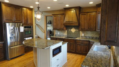 Staining Kitchen Cabinets Cost by Cherry Stained Kitchen Cabinets Poplar In The Kitchen