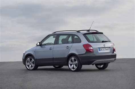 skoda fabia combi 1 2 tsi photos and comments www