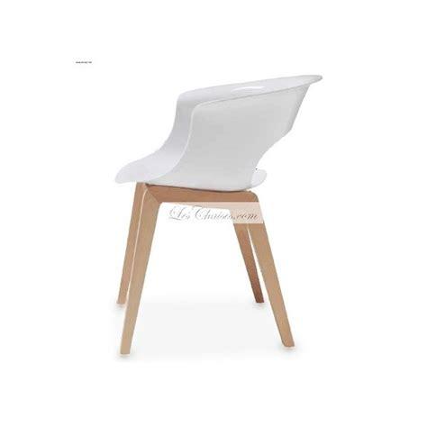 chaise blanche bois chaise design pieds bois miss b et chaises design bois