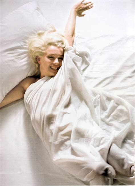 marilyn monroe in bed cool rare marilyn monroe in bed 50s 60s photo picture