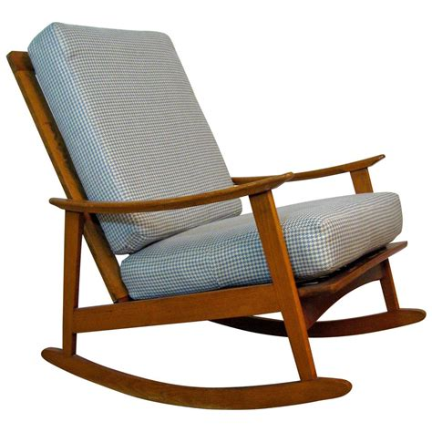 Midcentury Rocking Chair by Mid Century Modern Rocking Chair For Sale At 1stdibs