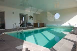 Luxury Bathroom Decorating Ideas by For Rent Luxury Contemporary Villa With Indoor Pool In