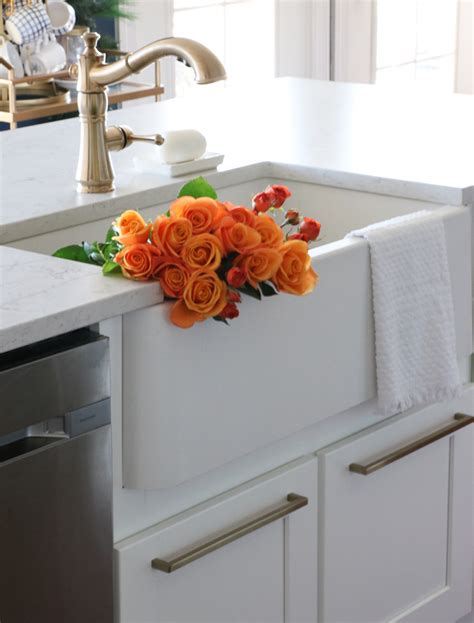 difference between apron sink and farmhouse sink what is difference between materials used in farm sinks