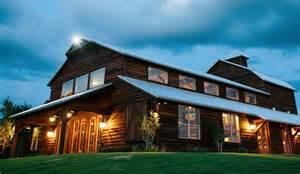 beautiful barn weddings 10 beautiful barn wedding venues in the of