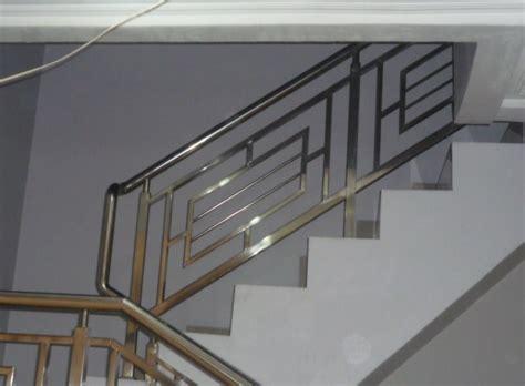railing tangga stainless minimalis interior rumah