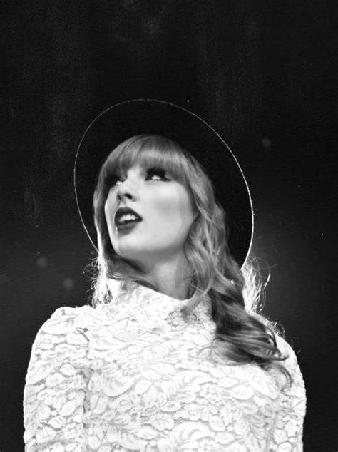 taylor swift black and white taylor swift black and white taylor swift pinterest