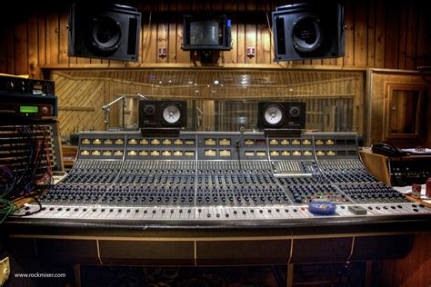 neve recording console neve 8068 recording console neve 8068 console at avatar