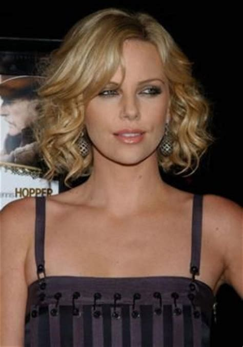 low maintenance short haircuts for wavy hair low maintenance hairstyle for short curly hair short