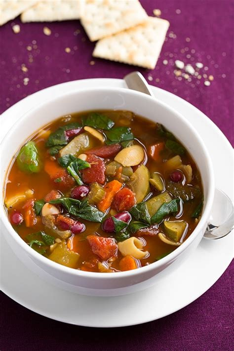 minestrone soup cooker or stovetop method cooking
