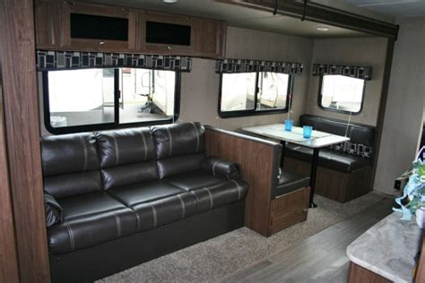 2019 Coleman Lantern Series 285BH   Holiday RV Sales and