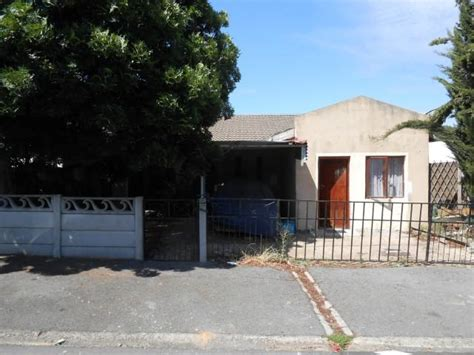 houses to buy in paarl standard bank easysell 4 bedroom house for sale for sale