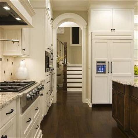 Grosvenor Kitchen Design by Benjamin Moore White Dove Kitchen Cabinets Design Ideas