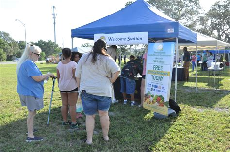 Share Giveaways - farm share hands out thousands of pounds of food in largo
