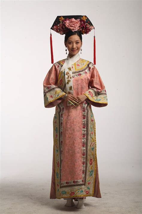 Dressing Angle 1121 by Qing Dynasty Dressing At Court Asian Hair Styles