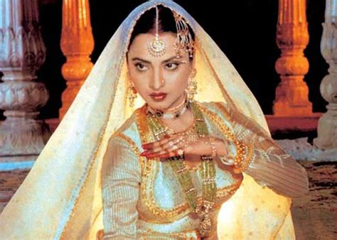 biography movie hindi rekha ganeshan a journey from ugly duckling to an enigma