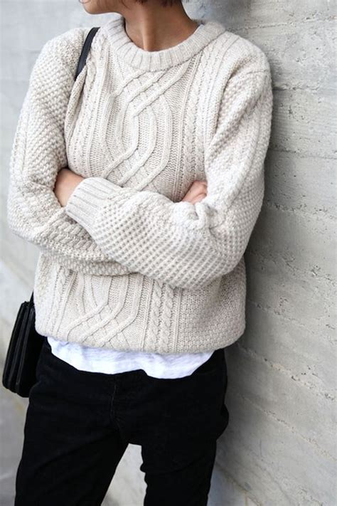 how to knit a sweater 25 best ideas about knit sweaters on winter
