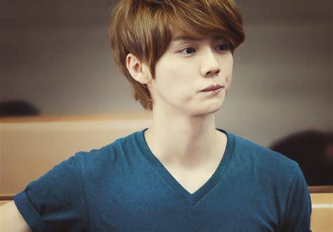luhan biography exo lu han singer cpop