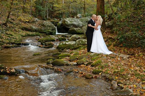 Locations for your wedding ceremony in the Smoky Mountains