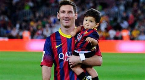 celebrity lionel messi weight height and age