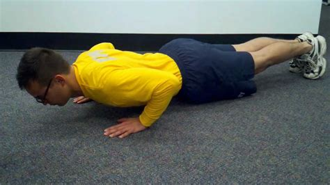 navy seal bench press proper form for navy pushups and curl ups youtube