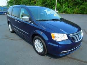 2013 Chrysler Town And Country Specs 2013 Chrysler Town Country Limited Data Info And Specs