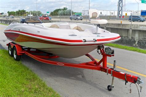tahoe boats parts used 2005 tahoe 215 deck boat boat for sale in miami fl