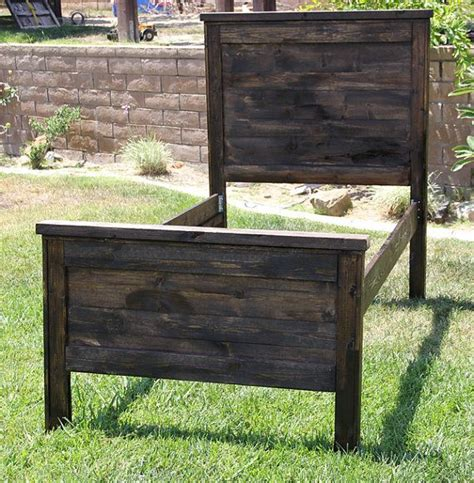 wood twin headboard pinterest discover and save creative ideas