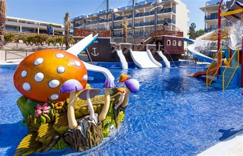 best palma hotels 11 best family hotels in majorca the 2018 guide