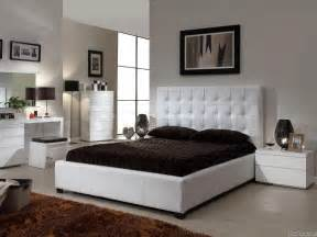 Cheap Mirrored Bedroom Furniture » New Home Design