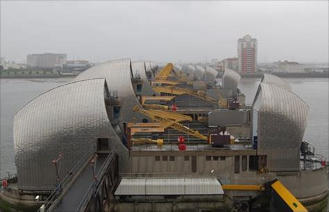 thames flood barrier how does it work london the great barrier feat
