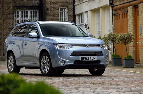 How Many Per Gallon Does A Mitsubishi Outlander Get Only One In 50 Cars Live Up To Per Gallon Boasts