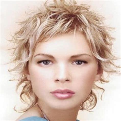 choppy haircut with curly hair cute curly hairstyles for 2013 short choppy hairstyles2 short hairstyle 2013