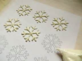 Chocolate Stencil Templates by Snowflake Cupcakes With Free Printable Snowflake Template